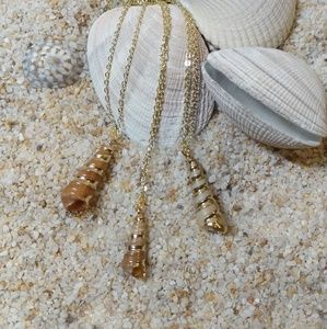 Jewelry - 💟Beautiful 14k Gold Plated Cone Shell Necklace💟